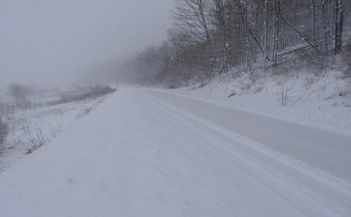 hwy 88 in snow 5-2-13